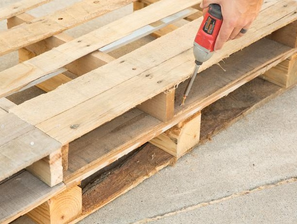pregue-as-duas-camadas-de-pallets